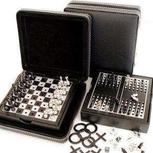 Комплект игри - Шах, табла и морски шах + зарове за подарък