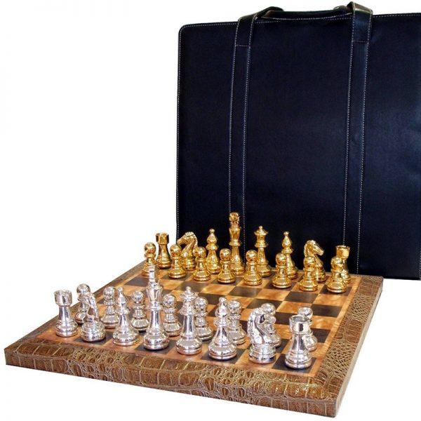 Луксозен шах с кожена чанта