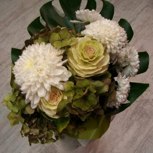 уникален букет от цветя