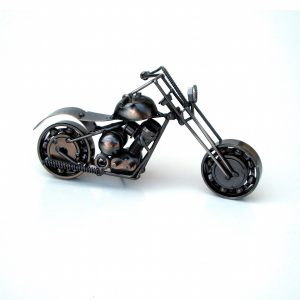 фигура метален мотор